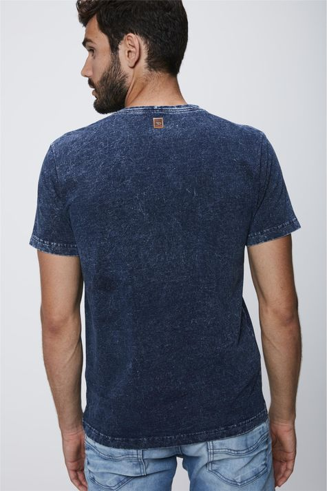Camiseta-em-Malha-Denim-Masculina-Costas--