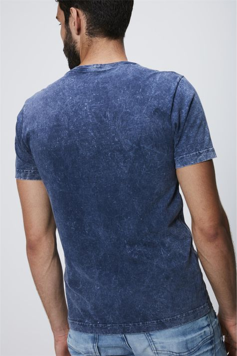 Camiseta-Tingida-com-Silk-Masculina-Costas--