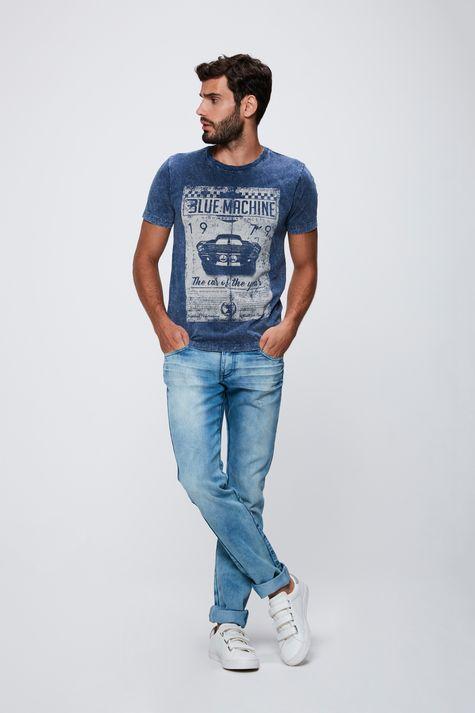 Camiseta-Tingida-com-Silk-Masculina-Detalhe-1--