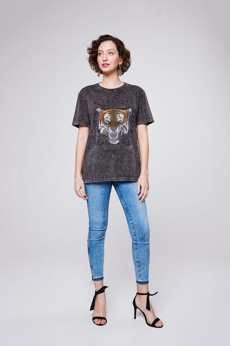 Camiseta-Fit-Tingida-Detalhe2--