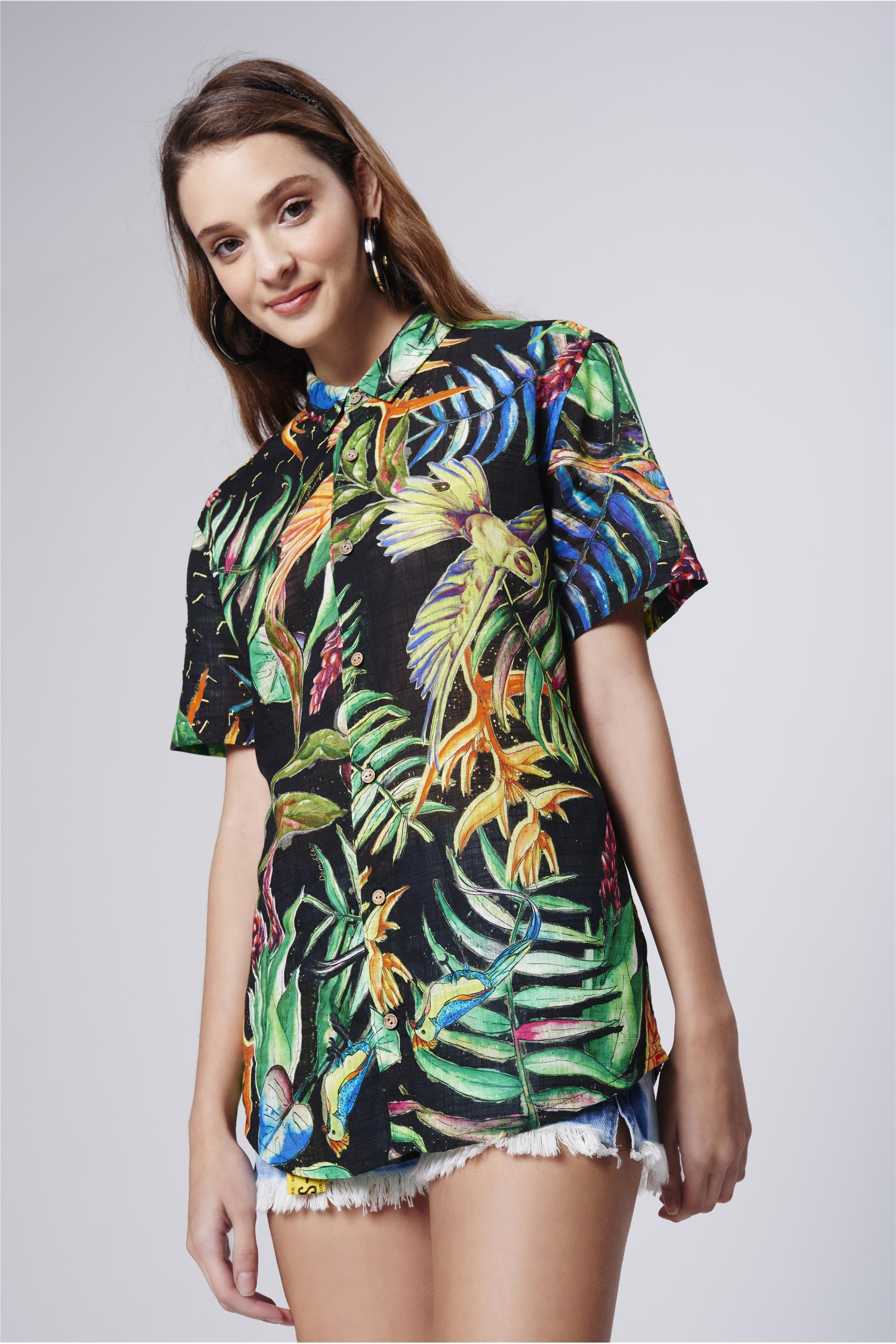 ba027e2ea Camisa com Estampa Floral Unissex - Damyller