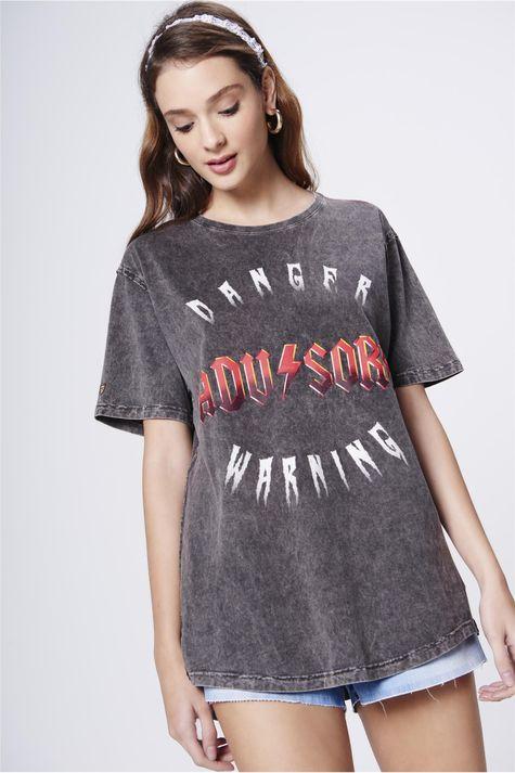 Camiseta-Tingida-com-Estampa-Unissex-Frente--