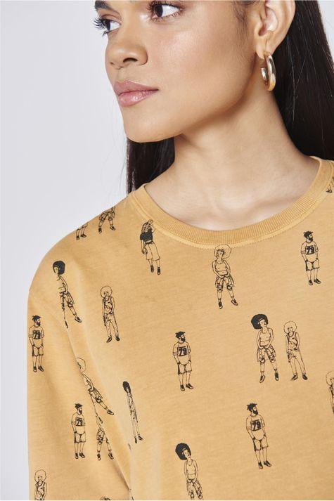 Camiseta-Unissex-Estampa-Repeticao-Detalhe--
