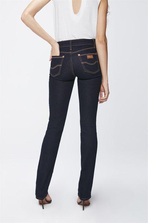Calca-Jeans-Reta-Cintura-Media-Feminina-Costas--