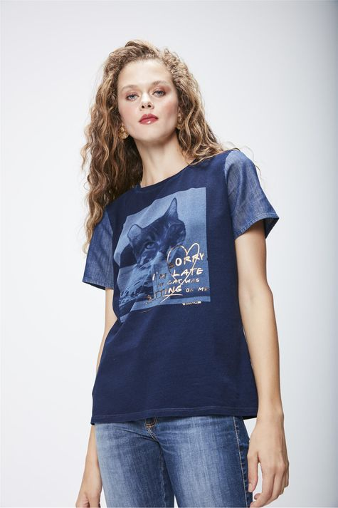 Camiseta-em-Malha-Denim-Feminina-Frente--