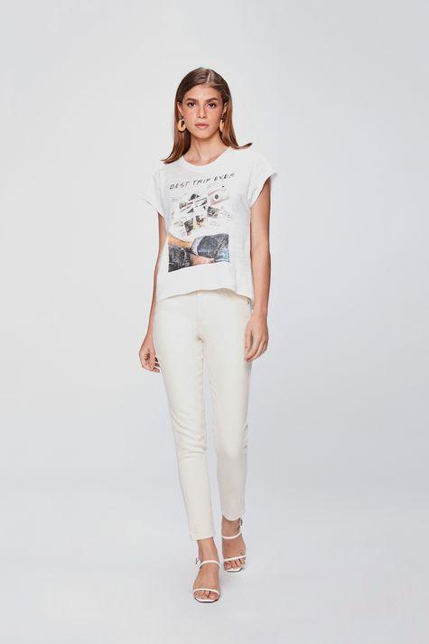 Camiseta-Basica-Estampada-Feminina-Detalhe-1--