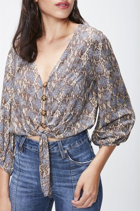 Camisa-Cropped-Animal-Print-Feminina-Detalhe--