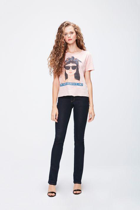 Camiseta-Tingida-Estampada-Feminina-Detalhe-1--