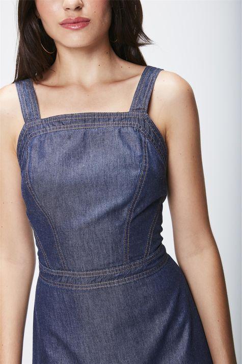 Vestido-Jeans-com-Recortes-Detalhe--
