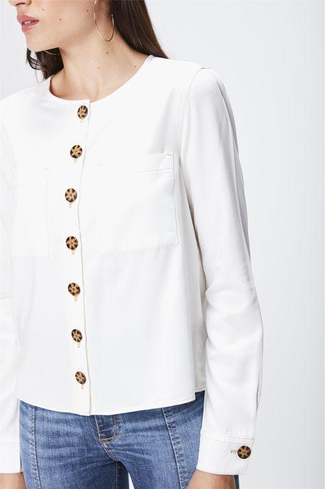 Camisa-Lisa-Feminina-Detalhe--