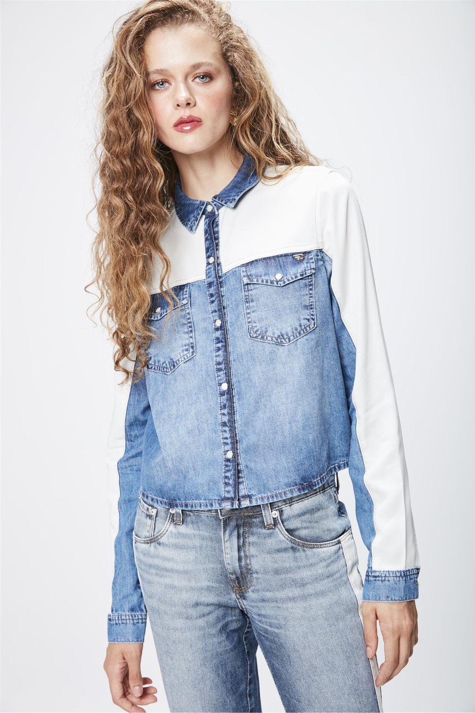 Camisa-Jeans-com-Recortes-Feminina-Frente--
