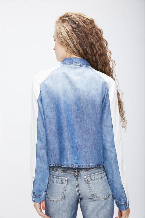 Camisa-Jeans-com-Recortes-Feminina-Costas--