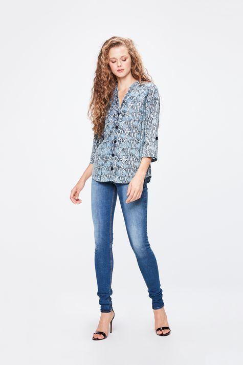 Camisa-Jeans-Animal-Print-Feminina-Detalhe-1--
