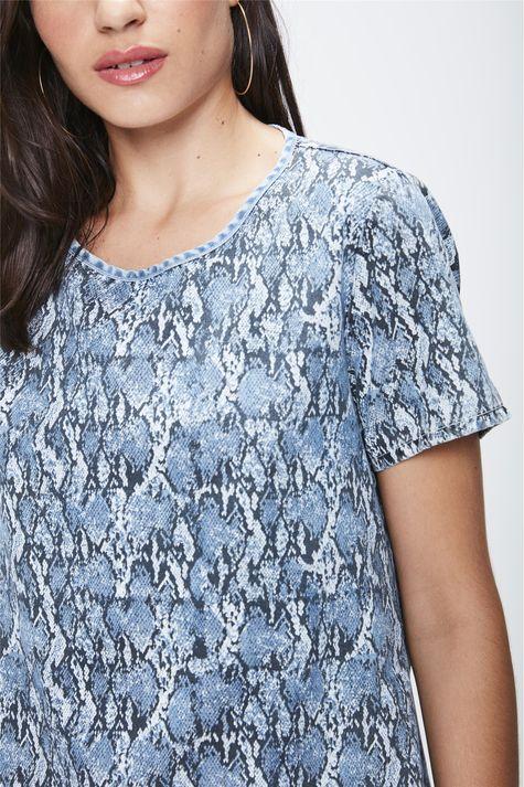 Camiseta-Feminina-Animal-Print-Detalhe--