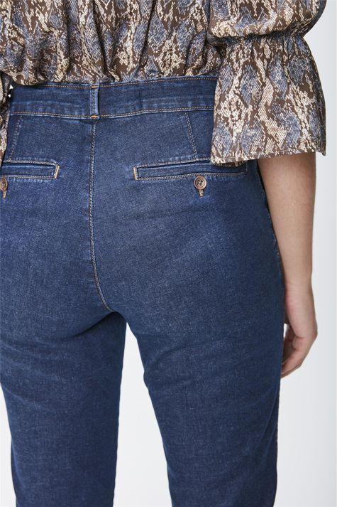 Calca-Jeans-Cintura-Alta-Cropped-Detalhe--