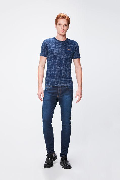 Camiseta-em-Malha-Denim-com--Repeticoes-Detalhe-1--