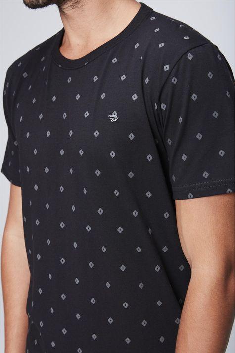 Camiseta-Fit-Masculina-Detalhe--
