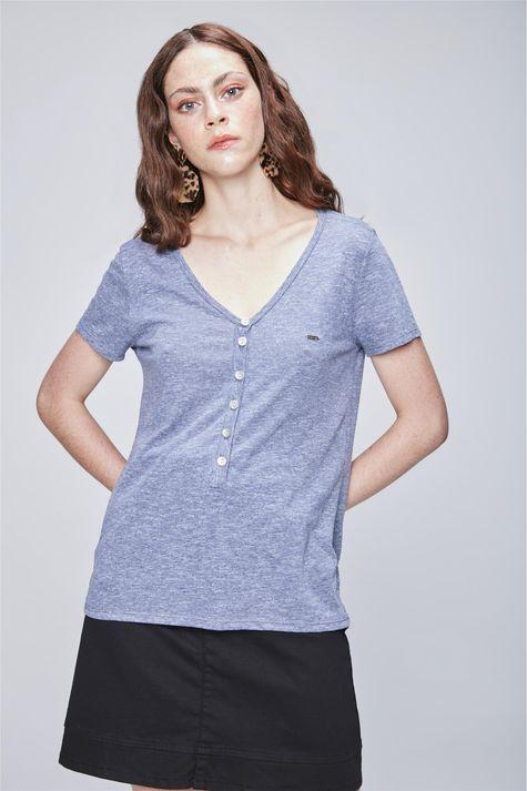 Camiseta-Feminina-com-Botoes-Frente--