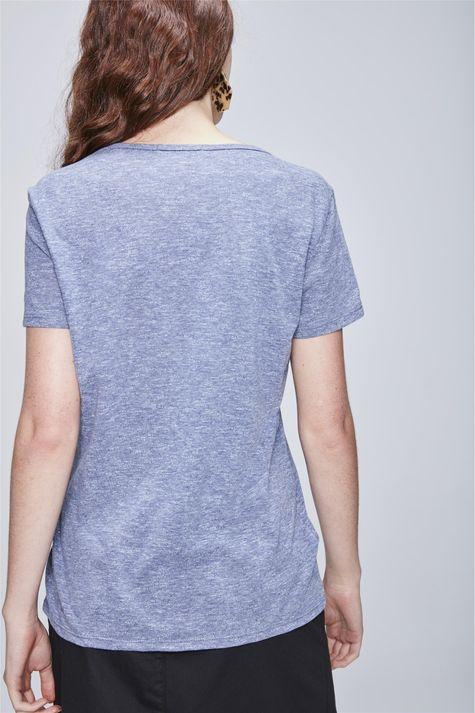 Camiseta-Feminina-com-Botoes-Costas--