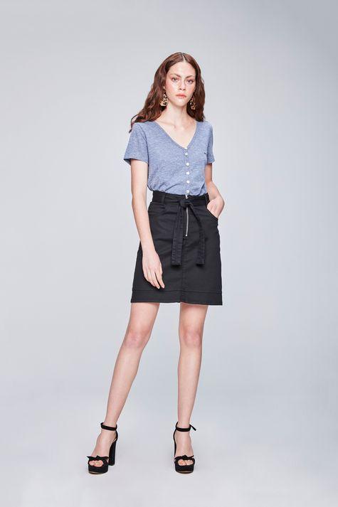 Camiseta-Feminina-com-Botoes-Detalhe-1--