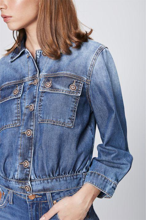 Jaqueta-Jeans-Feminina-Detalhe--