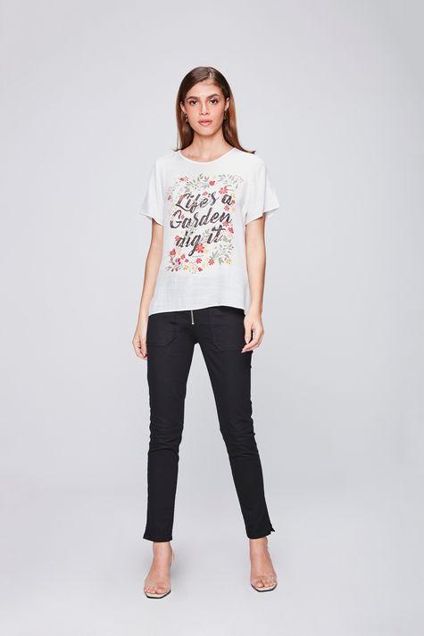 Camiseta-com-Transparencia-Feminina-Detalhe-1--