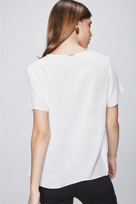 Camiseta-com-Transparencia-Feminina-Costas--