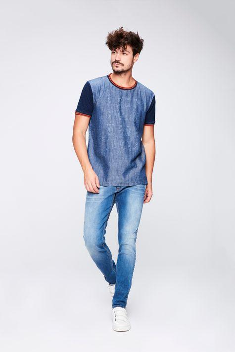Camiseta-Jeans-College-Masculina-Detalhe-1--