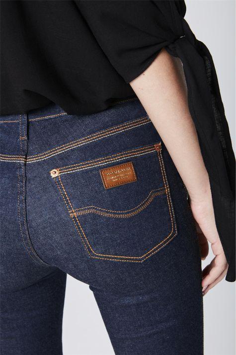 Calca-Jeans-Skinny-Feminina-Detalhe--