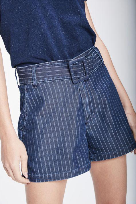 Short-Jeans-Solto-de-Cintura-Super-Alta-Detalhe--