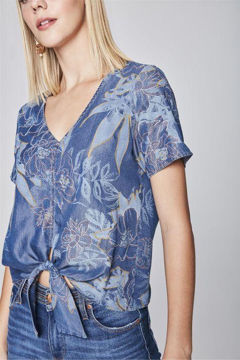 Blusa-Jeans-com-Amarracao-Estampada-Detalhe--