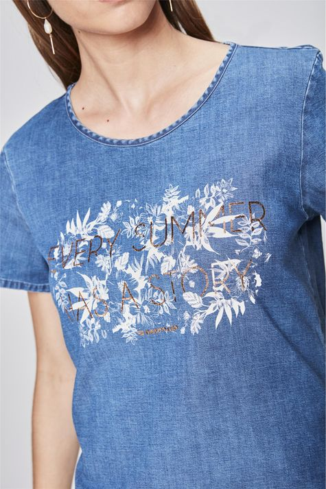 Camiseta-Jeans-Estampada-Detalhe--