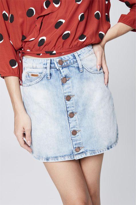 Saia-Jeans-Curta-com-Botoes-Detalhe--