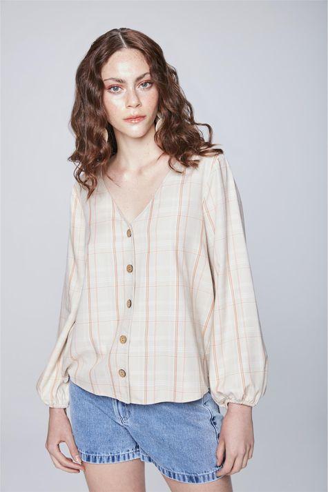 Camisa-Xadrez-com-Decote-V-Feminina-Frente--
