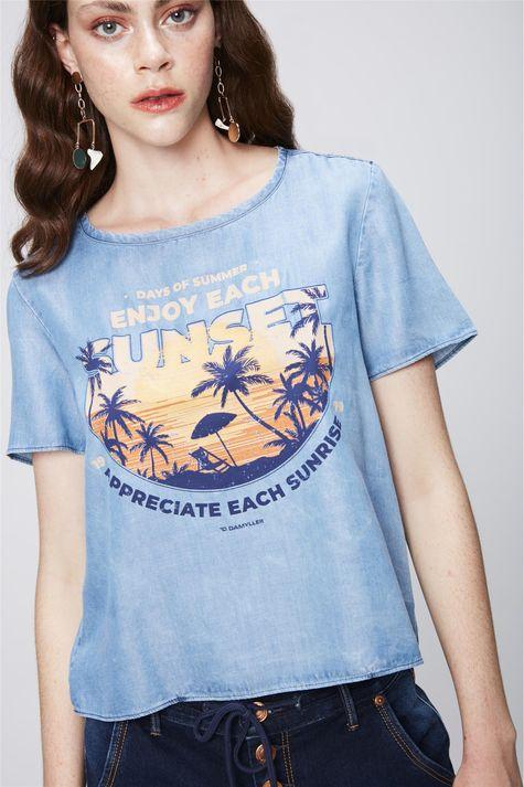 Camiseta-Jeans-com-Estampa-Tropical-Frente--