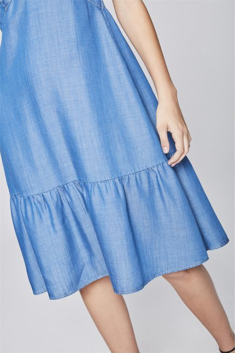 Vestido-Midi-Jeans-com-Babado-na-Barra-Detalhe--