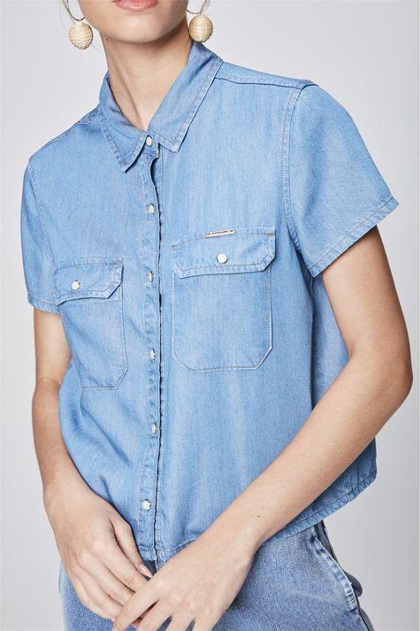 Camisa-Jeans-Cropped-Feminina-Detalhe--