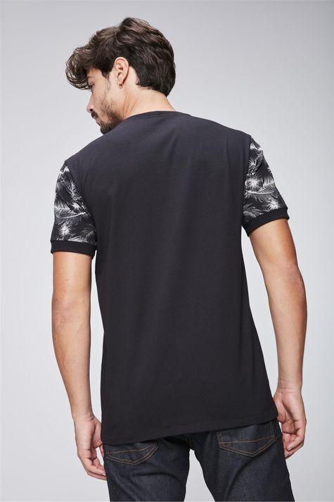 Camiseta-College-Estampada-Masculina-Costas--