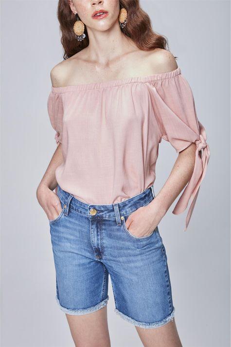 Bermuda-Jeans-com-Barra-Dobrada-Feminina-Frente--