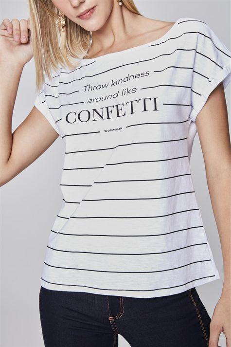 Camiseta-Listrada-Feminina-Detalhe--