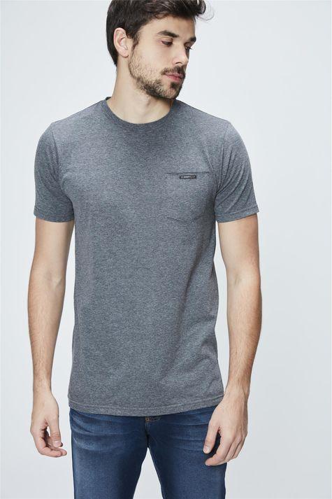Camiseta-Long-Line-com-Bolso-Masculina-Frente--