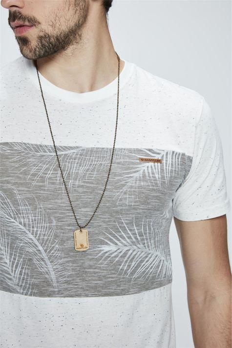 Camiseta-com-Silk-Masculina-Detalhe--