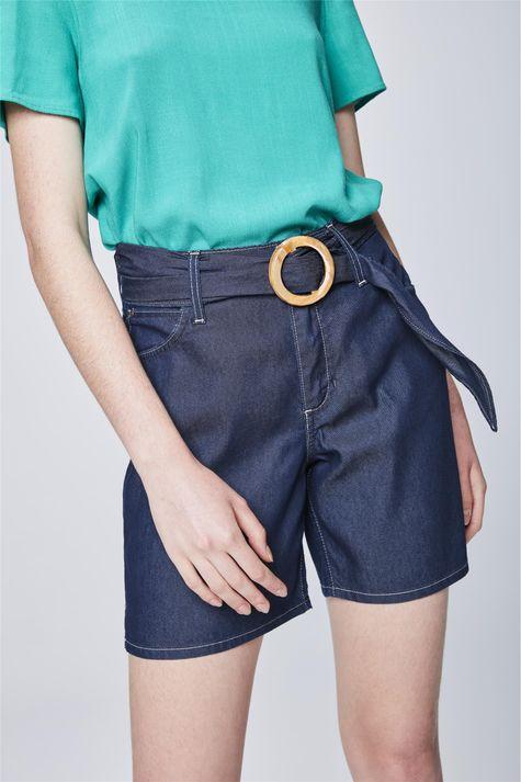 Bermuda-Jeans-Solta-com-Cinto-Feminina-Detalhe--