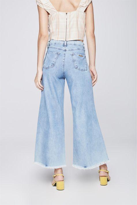 Calca-Pantalona-Jeans-Cropped-com-Frisos-Costas--