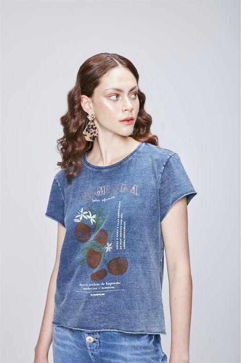 Camiseta-em-Malha-Denim-Estampa-Tropical-Frente--