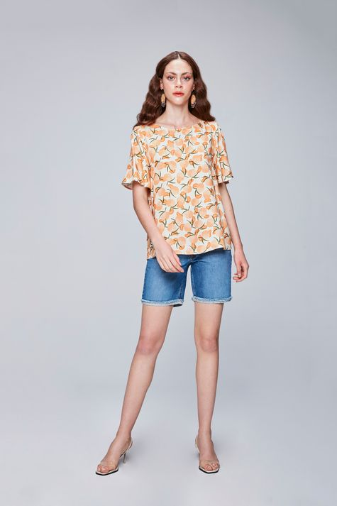 Blusa-com-Estampa-Tropical-Feminina-Detalhe-1--