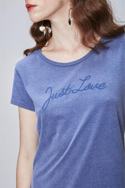 Camiseta-Feminina-Just-Love-Detalhe--