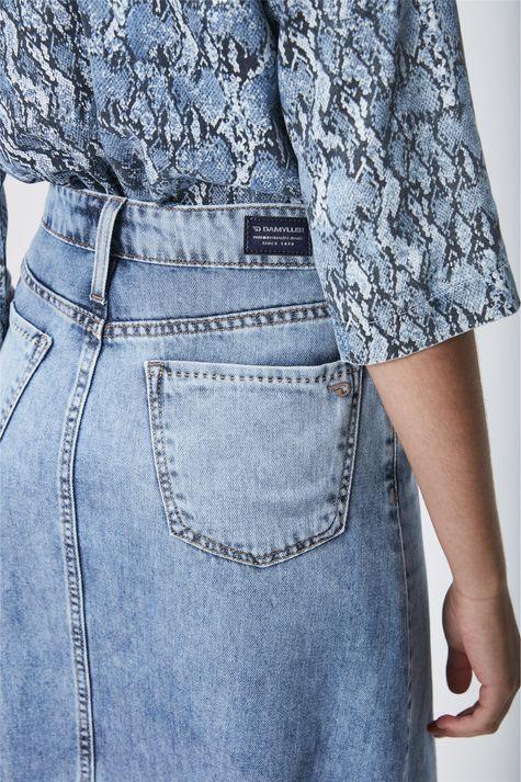 Saia-Midi-Jeans-Feminina-Detalhe--