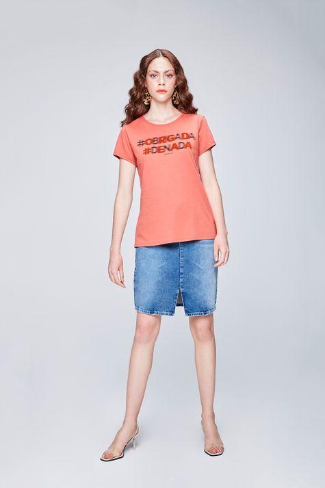 Camiseta-com-Estampa-Feminina-Detalhe-1--