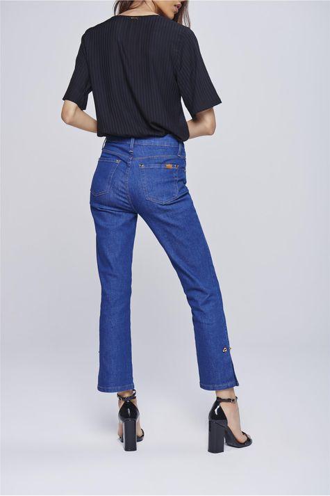 Calca-Jeans-Cropped-com-Detalhe-Lateral-Costas--